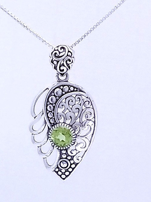Bali Sterling Silver Pendant With Peridot