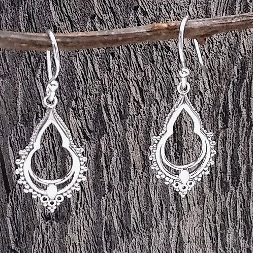 boma Sterling Silver Detailed Small Earring.