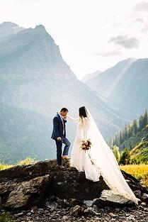 Lovelight_Photography_Glacier_Park_Montana_Wedding_Elopement_Photographer-100.jpg