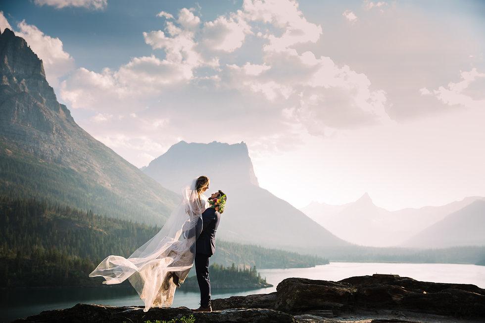 Lovelight_Photography_Glacier_Park_Montana_Wedding_Elopement_Photographer-9.jpg