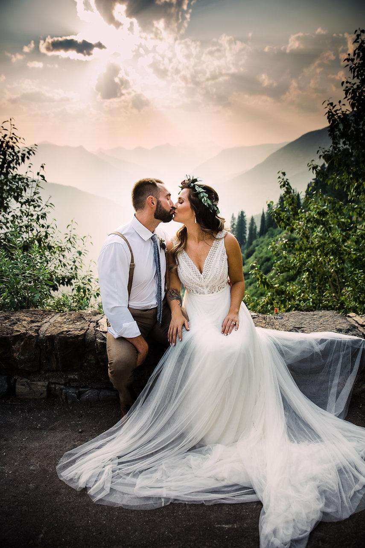 Lovelight_Photography_Glacier_Park_Montana_Wedding_Elopement_Photographer-901.jpg