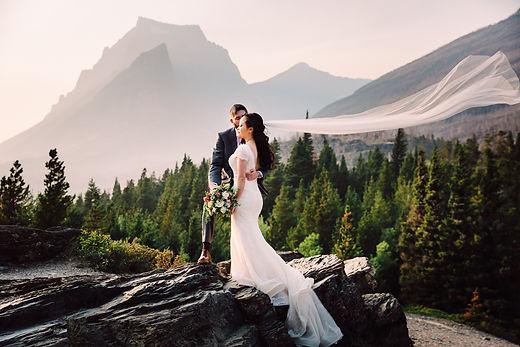 Lovelight_Photography_Glacier_Park_Montana_Wedding_Elopement_Photographer-43.jpg