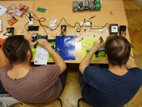 Podstawy Elektroniki - wywiad z byłym uczestnikiem kursu elektroniki dla początkujących.