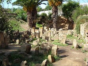 Esteles funeràries al santuari cartaginès del Tofet de Salambó.
