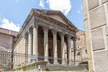 Temple romà de Vic. S. II dC