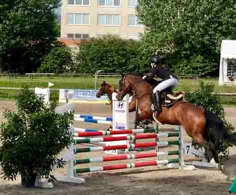 Elisa Rungatscher springt auf Platz 2
