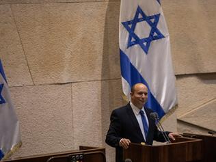 Tumult Disrupts Israeli Parliament as Netanyahu Era Ends