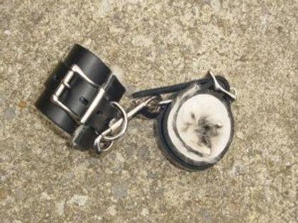 Manacles/cuffs