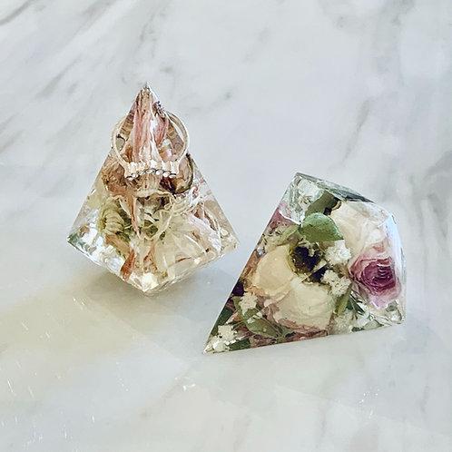 Geo Pyramid Ring Holder - Small