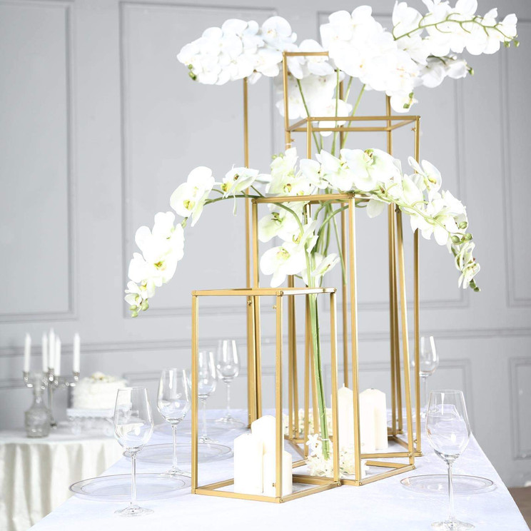 Set of 4 Gold Metal Towers - Hire