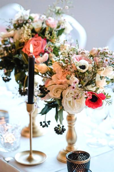 Pillar Stand Flower Centrepieces - Hire