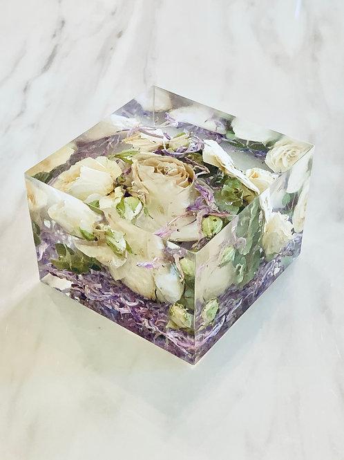 9cm Bouquet Flower Cube