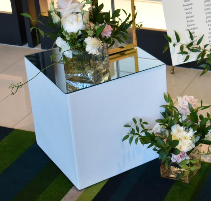 40cm White Fibreglass Stand