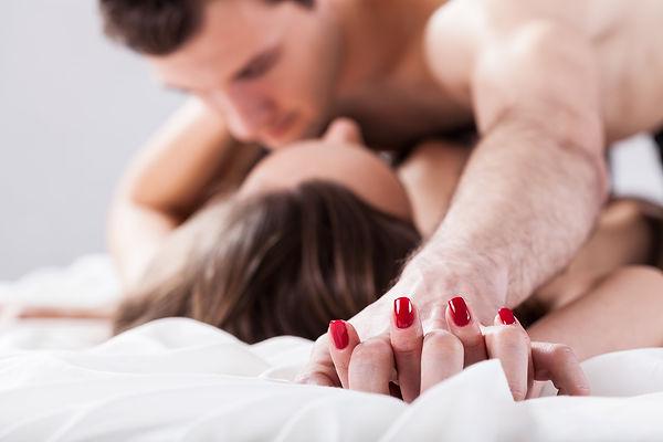 sexy-couples-boudoir-min.jpeg