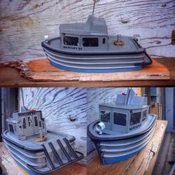 Mercury XVII #crewboat #watertaxi #howesound #mercurytransport #whimsicalwatercraft #marinemodels #n