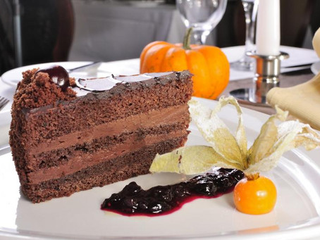 Торт в подарок от ресторана «Прага»