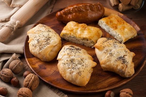 Ароматные блюда в новом кафе «Пироги Вино и Гусь»