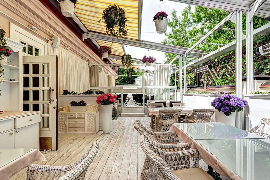 Ресторан «Ноев ковчег» открывает веранду