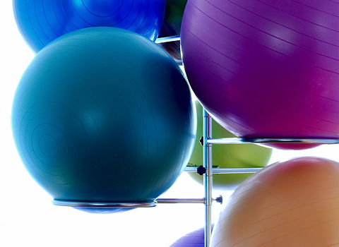 medicine-ball-1575315_1920.jpg