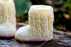 Baby Cable Boots 1