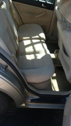 04 JETTA INSIDE FRONT SEATS