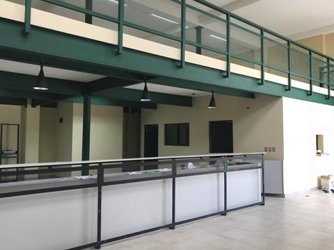 arquitectura-industrial-diseño-mostrador.png