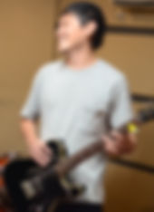 経堂ギター教室講師