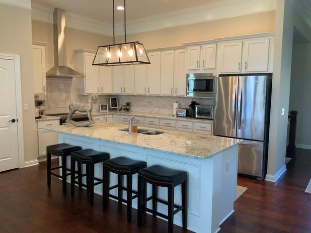 Kitchen - Level 3 Granite