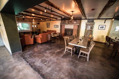 Lounge atomic