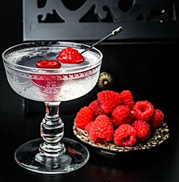 Martini-Drink-Refreshment-Glass-Alcohol-