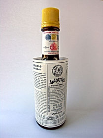 Angostura_Bitter_Flasche.jpg