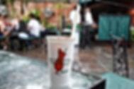 1599px-Hurricane_cocktail_at_Pat_O'Brien