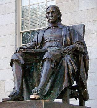 John_Harvard_statue.jpg