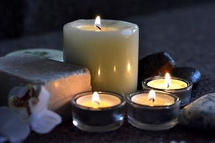 candles-2803444_1920.jpg