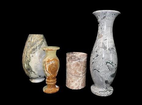 12 vases.png