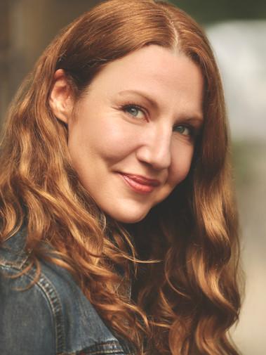 Suzie Frances Garton - headshot