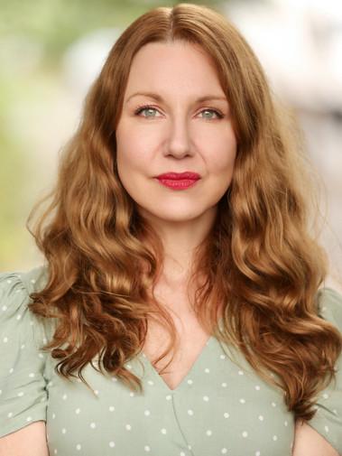 Suzie Frances Garton - headshot 2021
