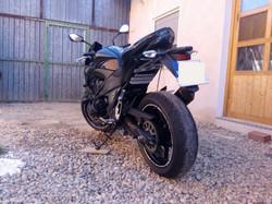kawasaki z800 pegatina paso rueda
