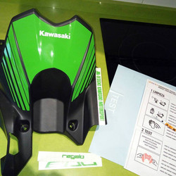 moto guardabarros adhesivo kawasaki