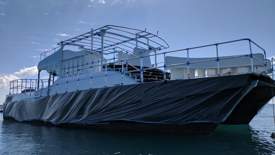 AMMLX Yacht Rehab - spray sides.jpg