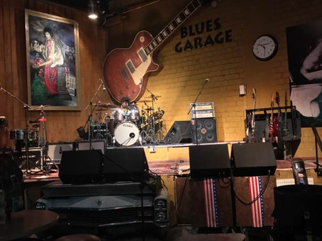 The sites and sounds of the Bernard Allison group at the Blues Garage Hannover Germany!