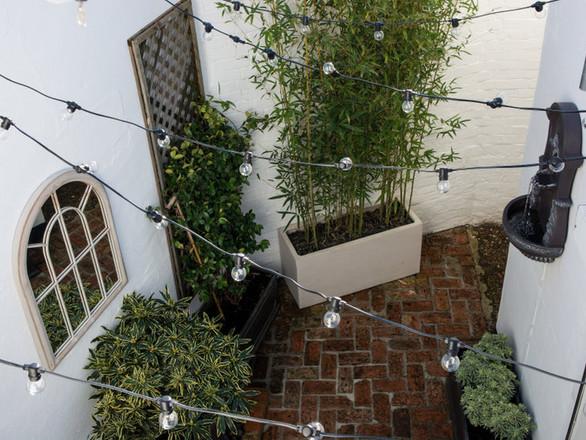 Courtyard Garden, Reigate