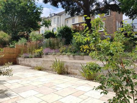 Hillside Garden, Redhill