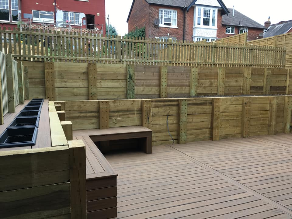 A Brighter Shade of Green deck