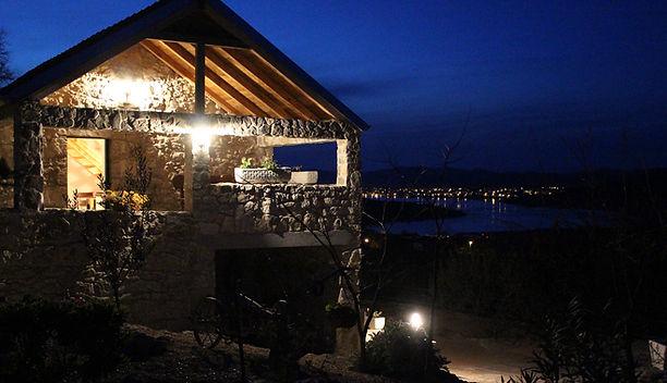 Kroatien bei Nacht