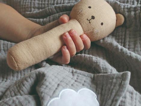 5 consejos para elegir el juguete ideal para tu bebe  de 0-12 meses