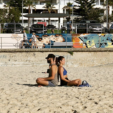 G O T  Y O U R  B A C K_————————————————_#spring🌼  #Bondi #Bronte #motivation #northbondi #fitfam #summer #home  #sunset #sun #sand #surf #t