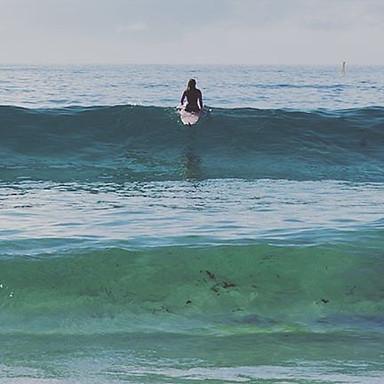 F L O A T I N_————————————————_#spring🌼  #Bondi #Bronte #motivation #northbondi #fitfam #summer #home  #sunset #sun #sand #surf #travel #lan