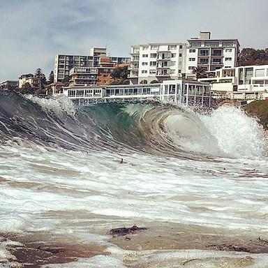 B A R R E L ———————————————————_#summer🌴🌊☀️ #Bondi #motivation #northbondi #fitfam #home #sun #sand #surf #travel #landmarks #thegoodlife #i
