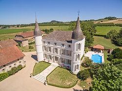 crop_9999_666_Chateau-le-Temple-Aquitaine-Olivers-Travels-12.jpg